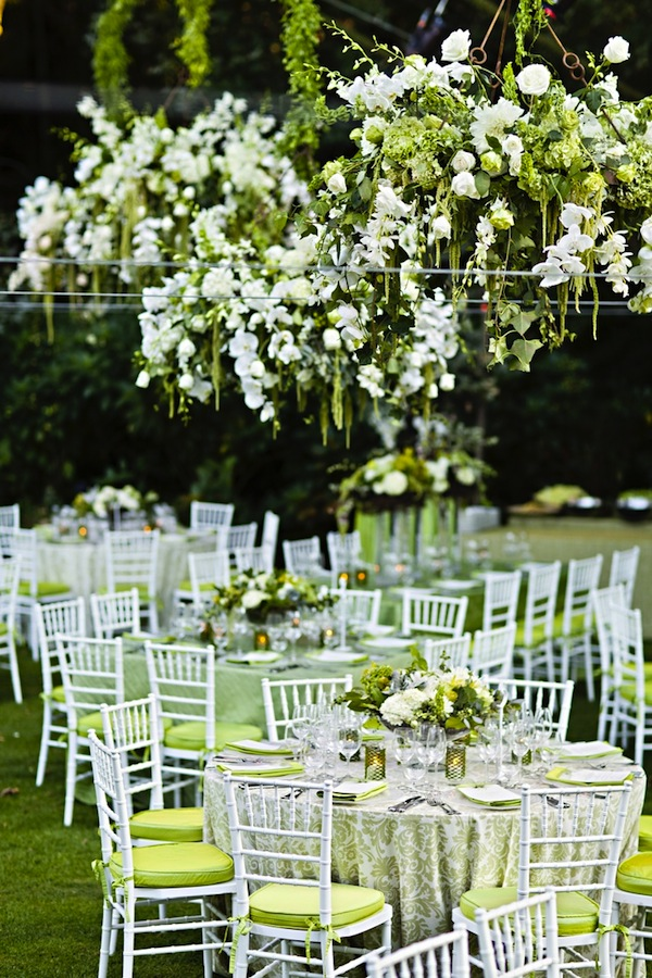 floral_chandelier_green_and_white.jpg