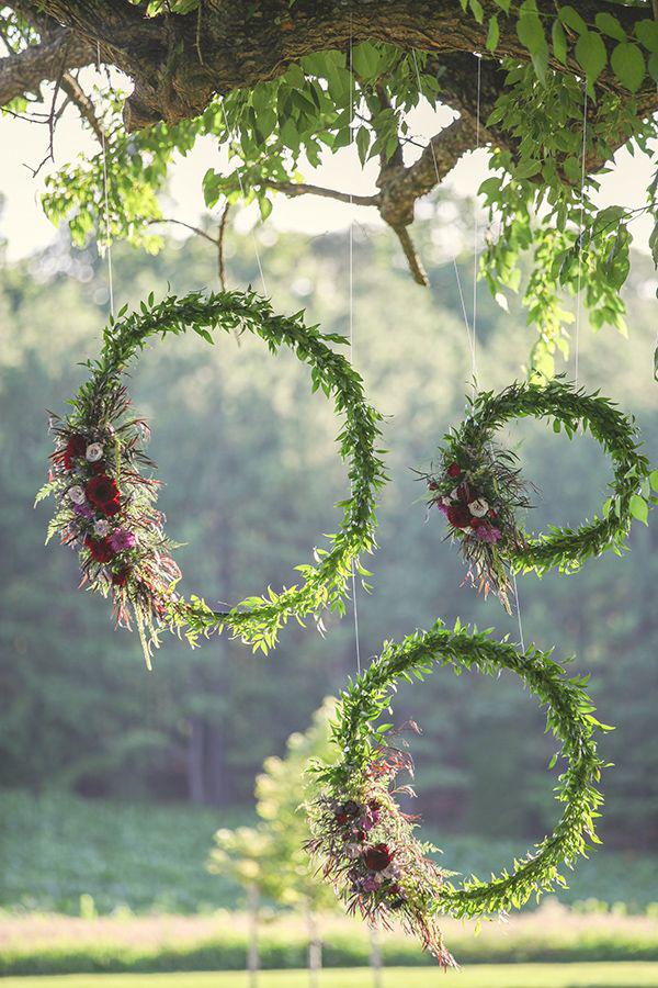 wreath-backdrop.jpg